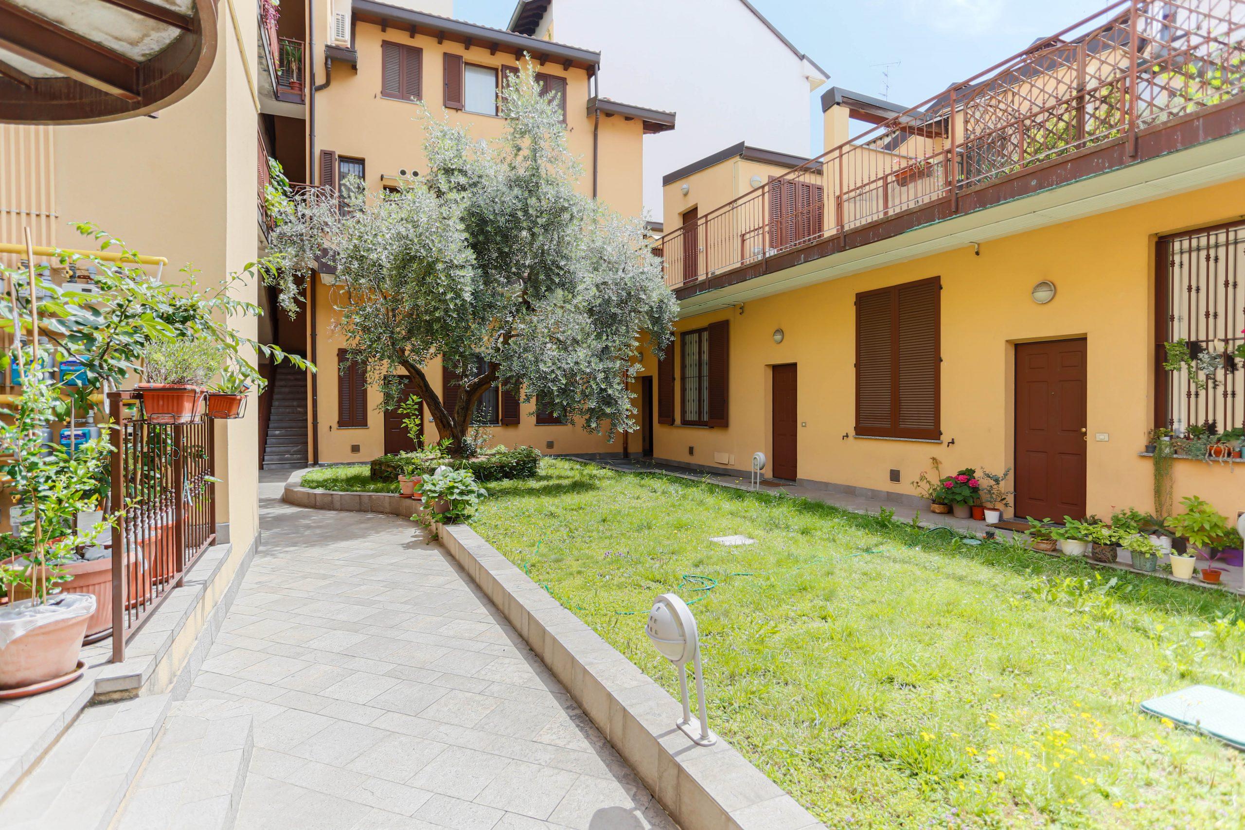esterno depandance residenza chiaralba brioschi 53 milano